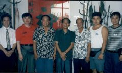 Grandmaster with the group in China 1998